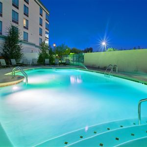 Holiday Inn Hotel Suites Phoenix Airport