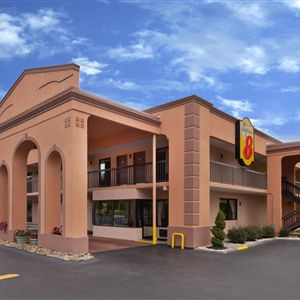 Super 8 Knoxville/West Coupons in Knoxville, TN