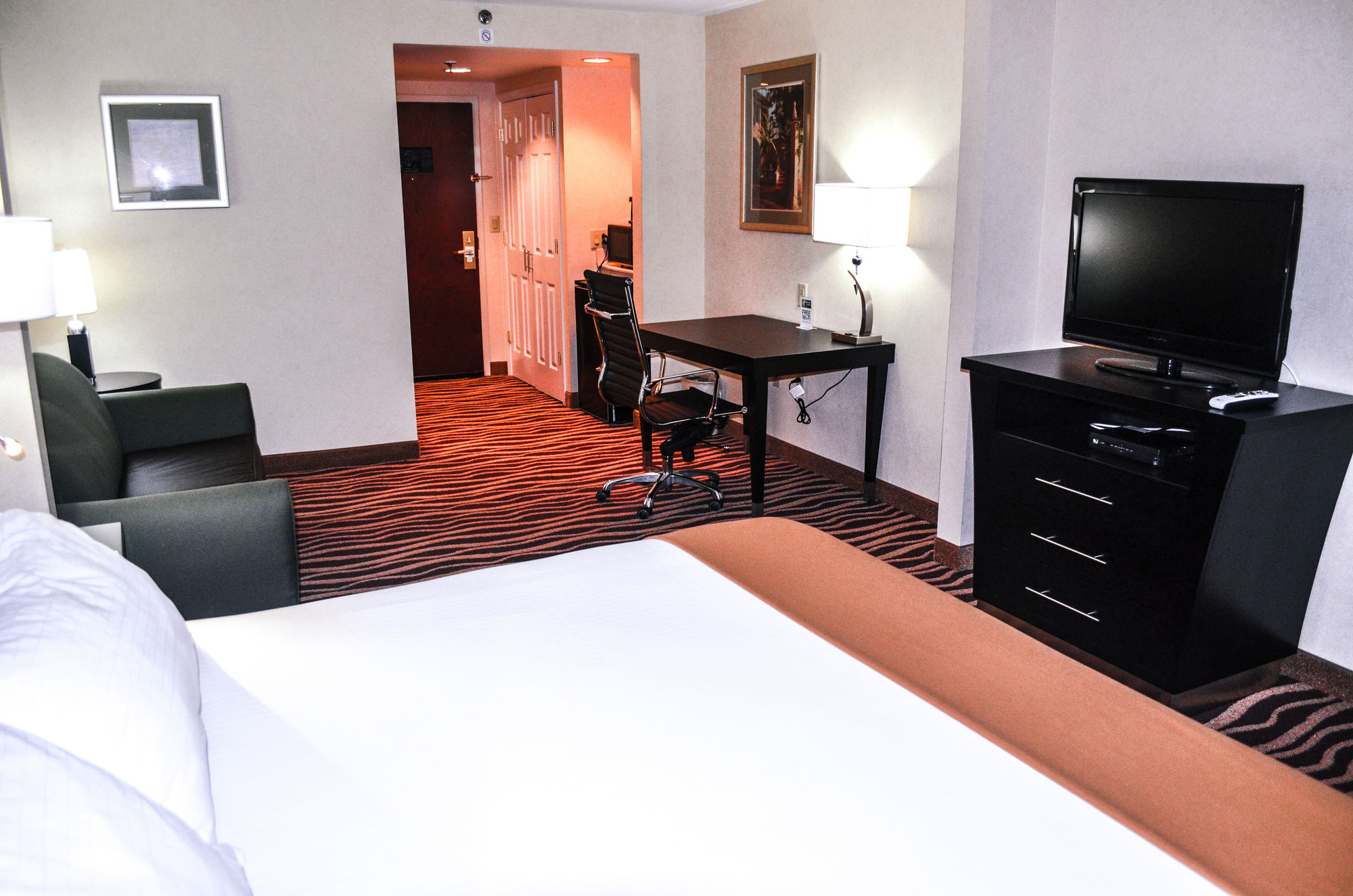 Holiday Inn Express Marietta in Marietta, GA