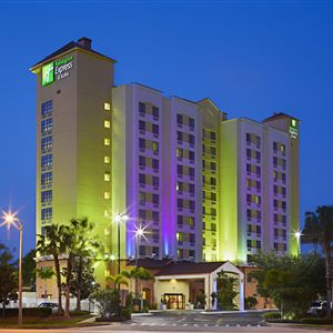 Holiday Inn Express Hotel & Suites Nearest Universal Orlando