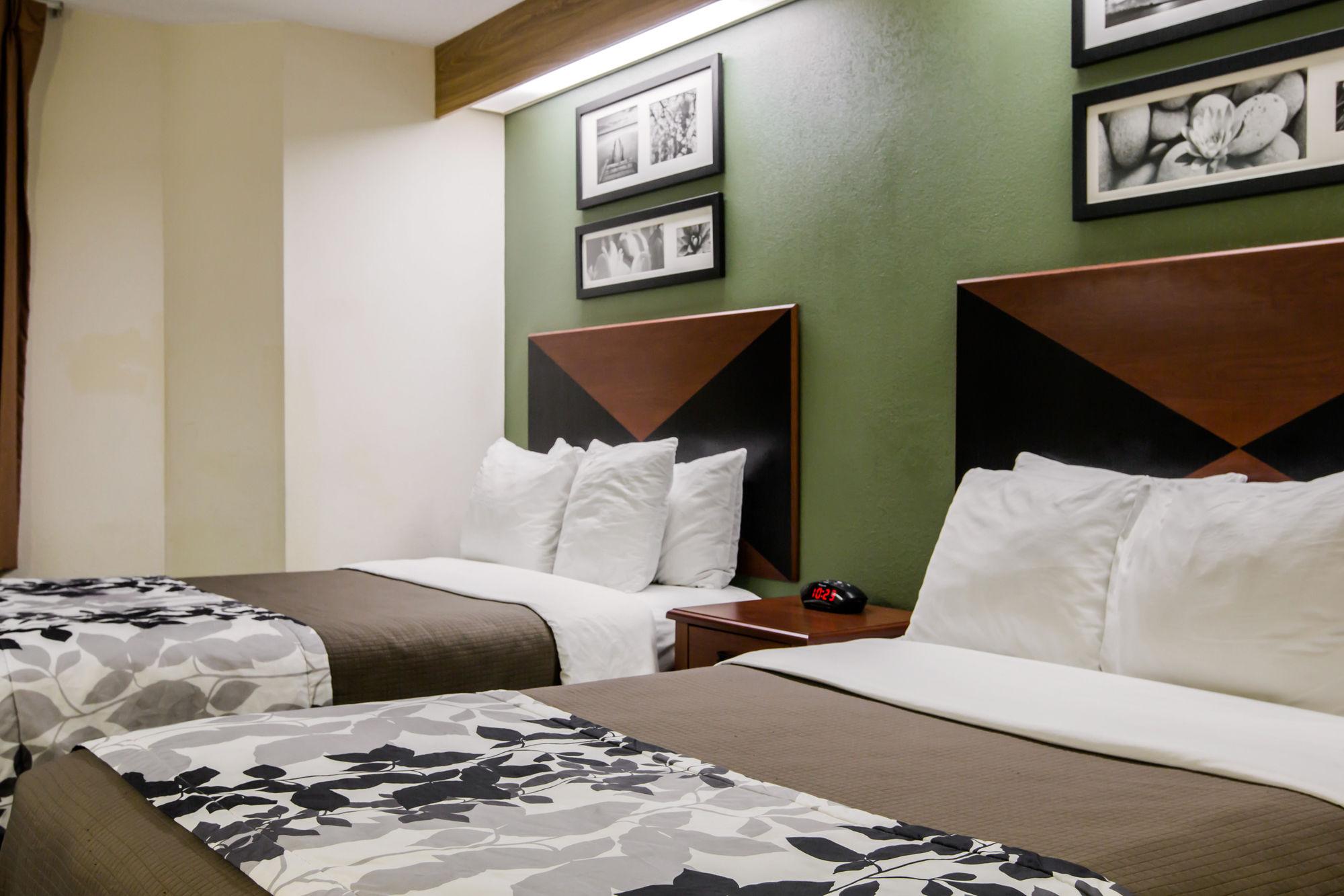 Sleep Inn & Suites in Chattanooga, TN