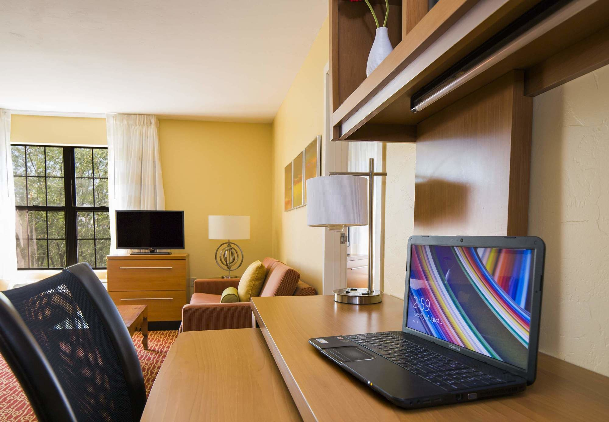 TownePlace Suites, part of the Marriott family, is your home away from home for extended stays. You will enjoy free high-speed Internet, a full kitchen, and a fitness center. You will enjoy free high-speed Internet, a full kitchen, and a fitness center/5(5).
