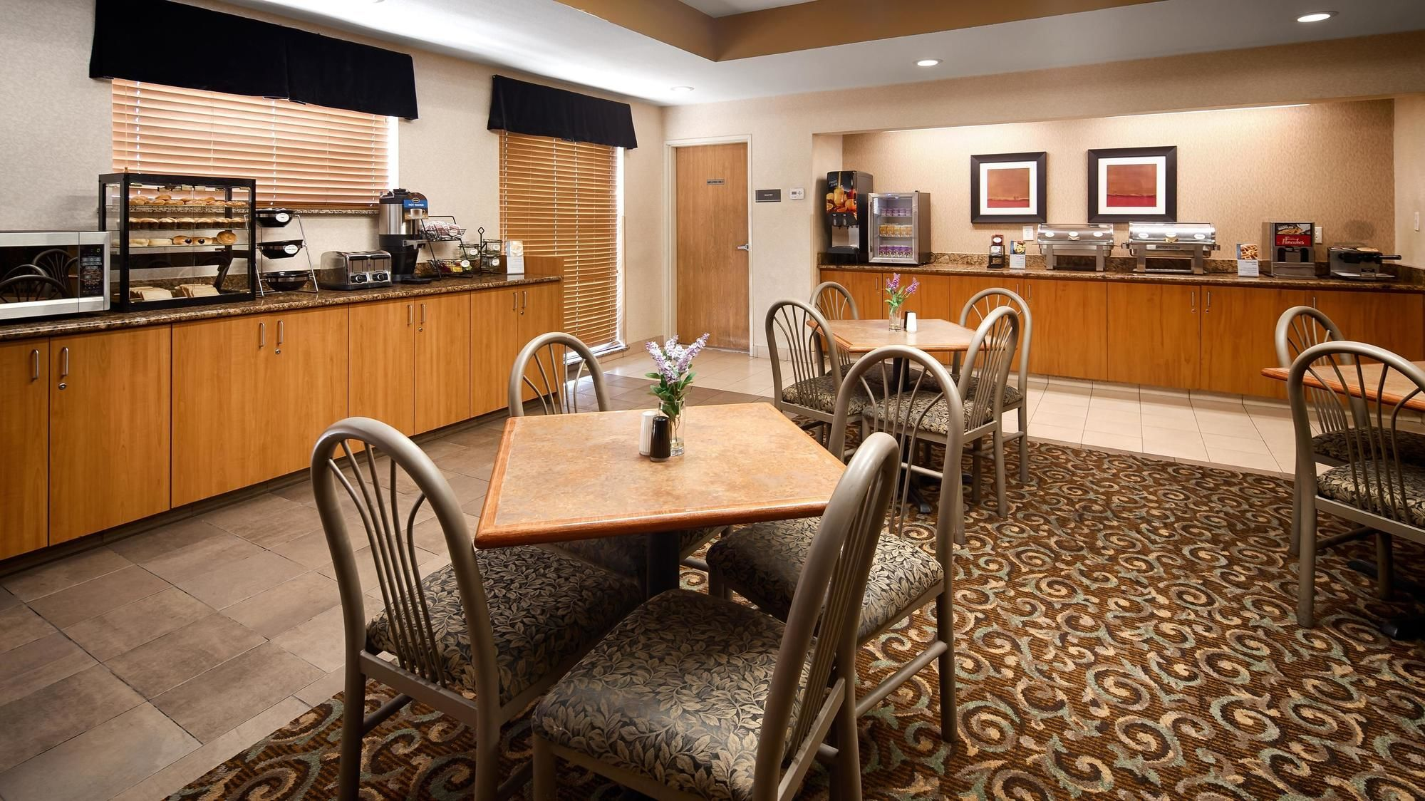 Aurora Hotel Coupons for Aurora, Colorado - FreeHotelCoupons.com