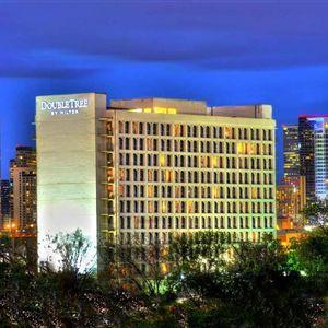 Doubletree By Hilton Dallas - Market Center