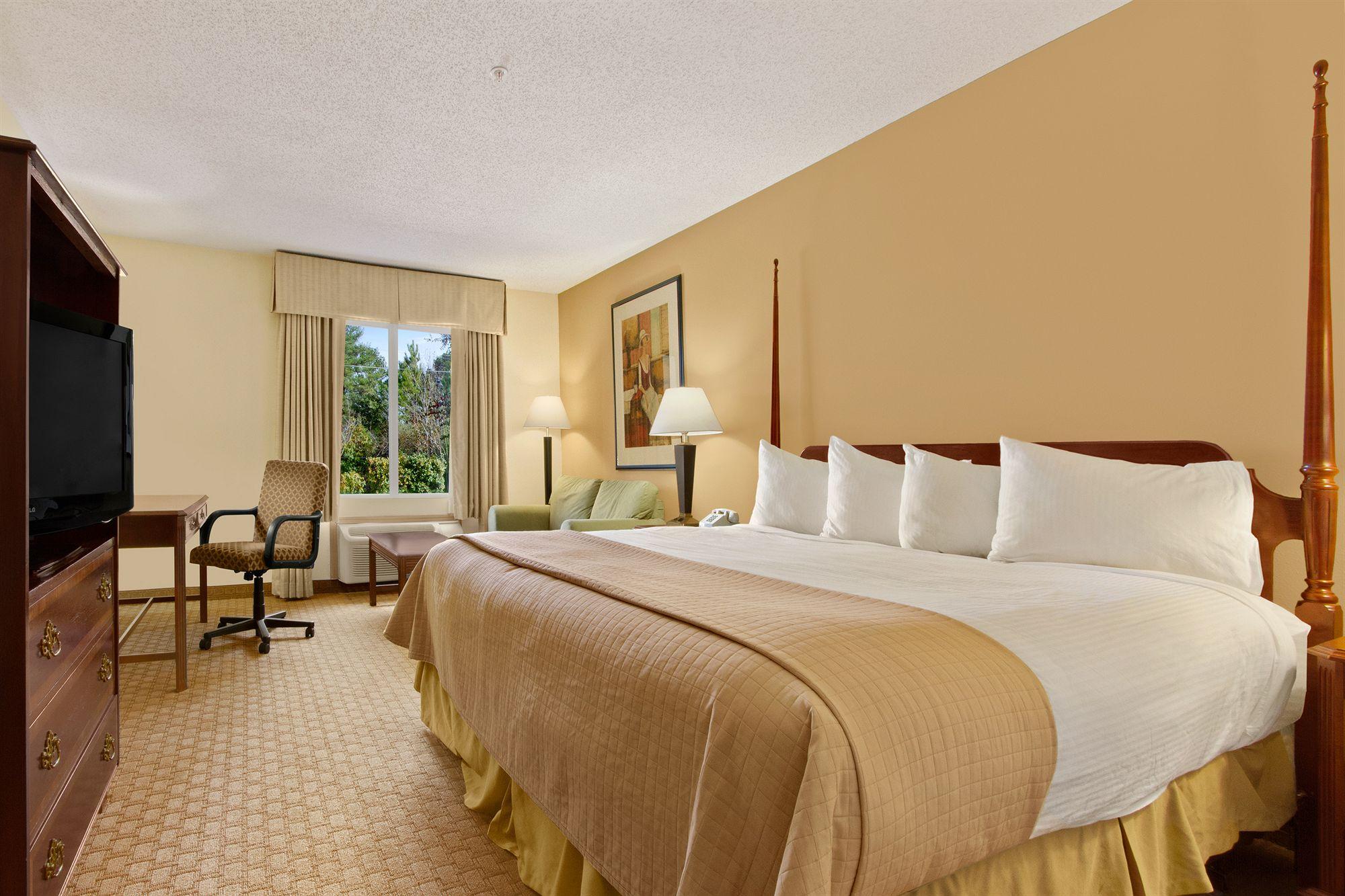 shreveport hotel coupons for shreveport louisiana. Black Bedroom Furniture Sets. Home Design Ideas
