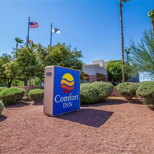 Comfort Inn I-10 West at 51st Ave><span class=