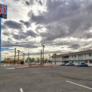 Motel 6 Yuma  Oldtown