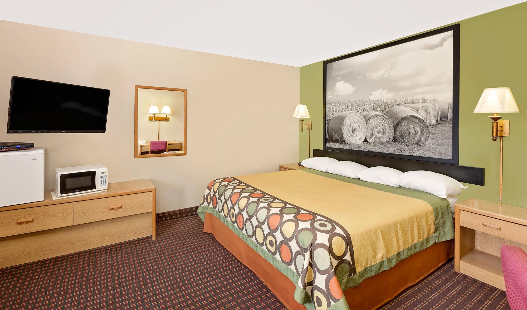 ne super 8 motel valentine in valentine ne - Motels In Valentine Nebraska