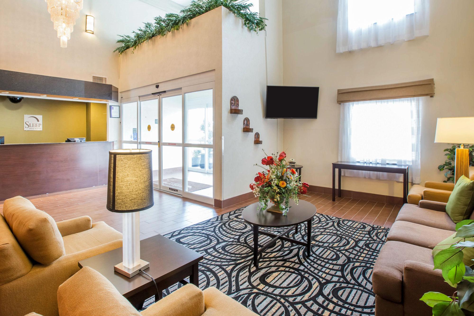 Sleep Inn And Suites Valdosta in Valdosta, GA