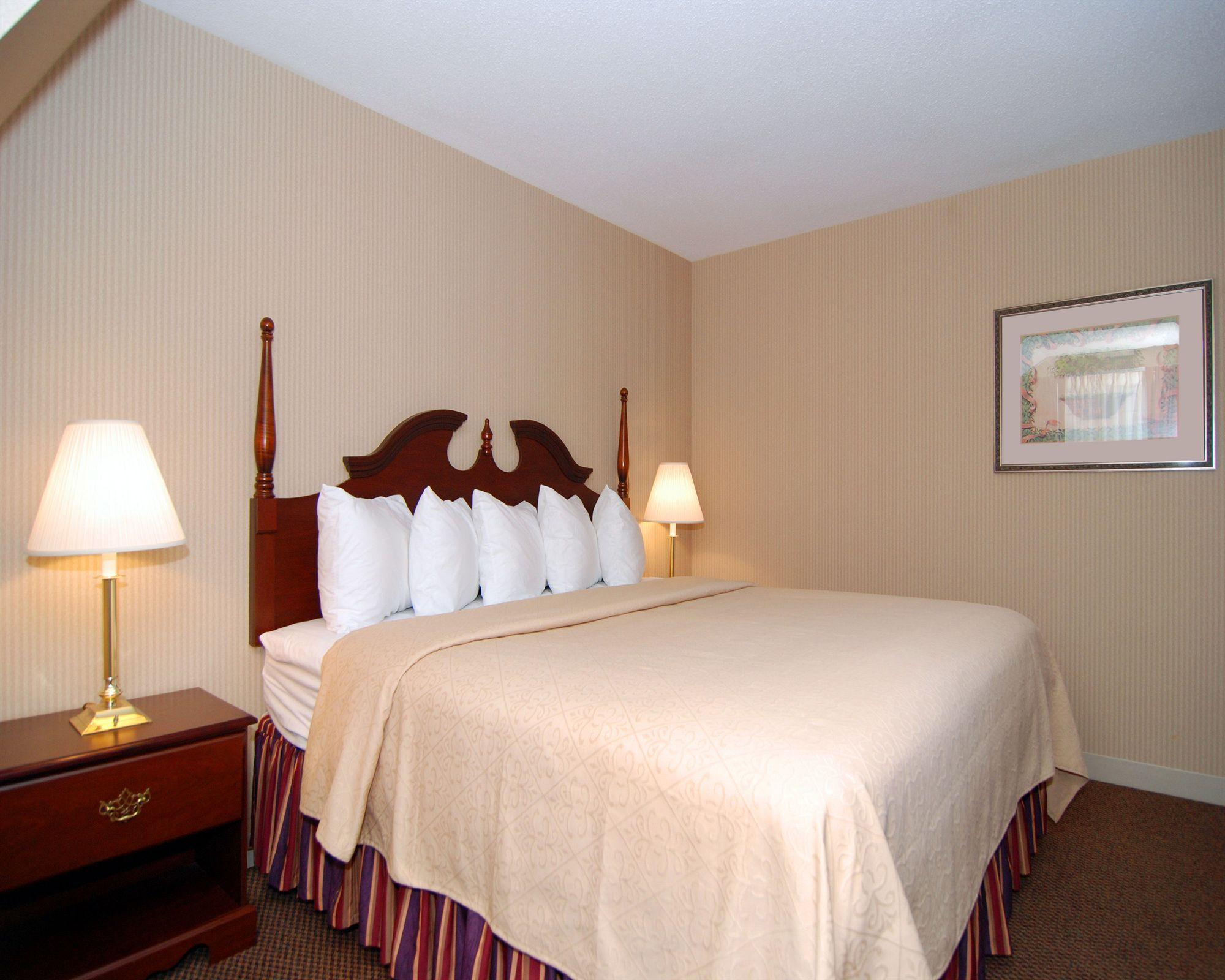 Atlantic Beach Hotel And Suites Rhode Island