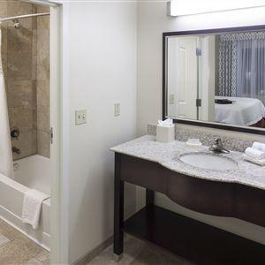 Hampton Inn - Suites Phoenix North-Happy Valley><span class=