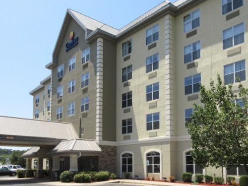 Comfort Inn & Suites in Lithia Springs, GA