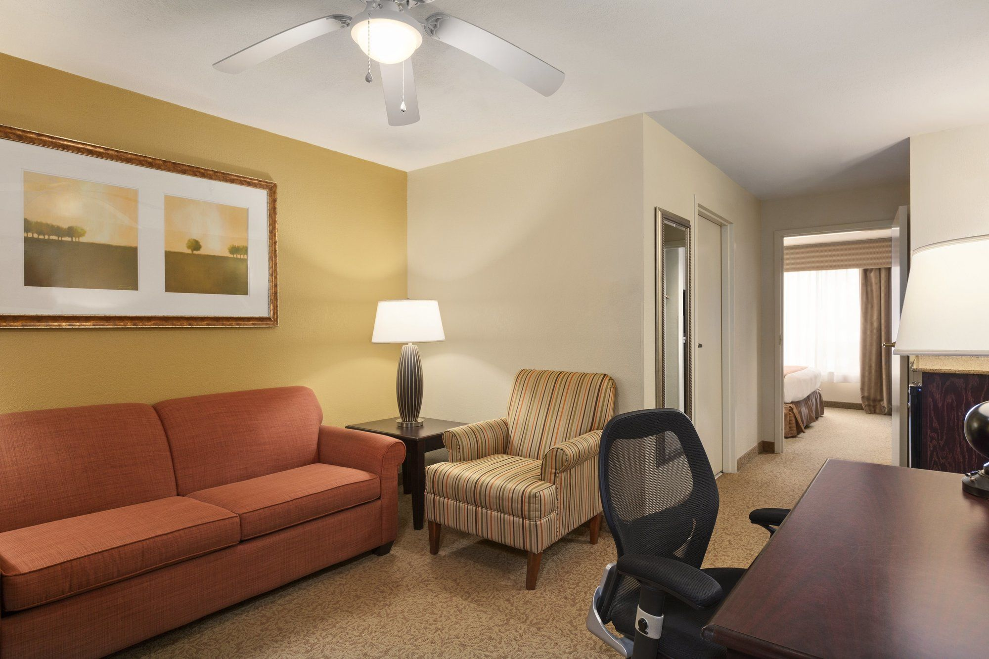 Country Inn and Suites in Port Wentworth, GA