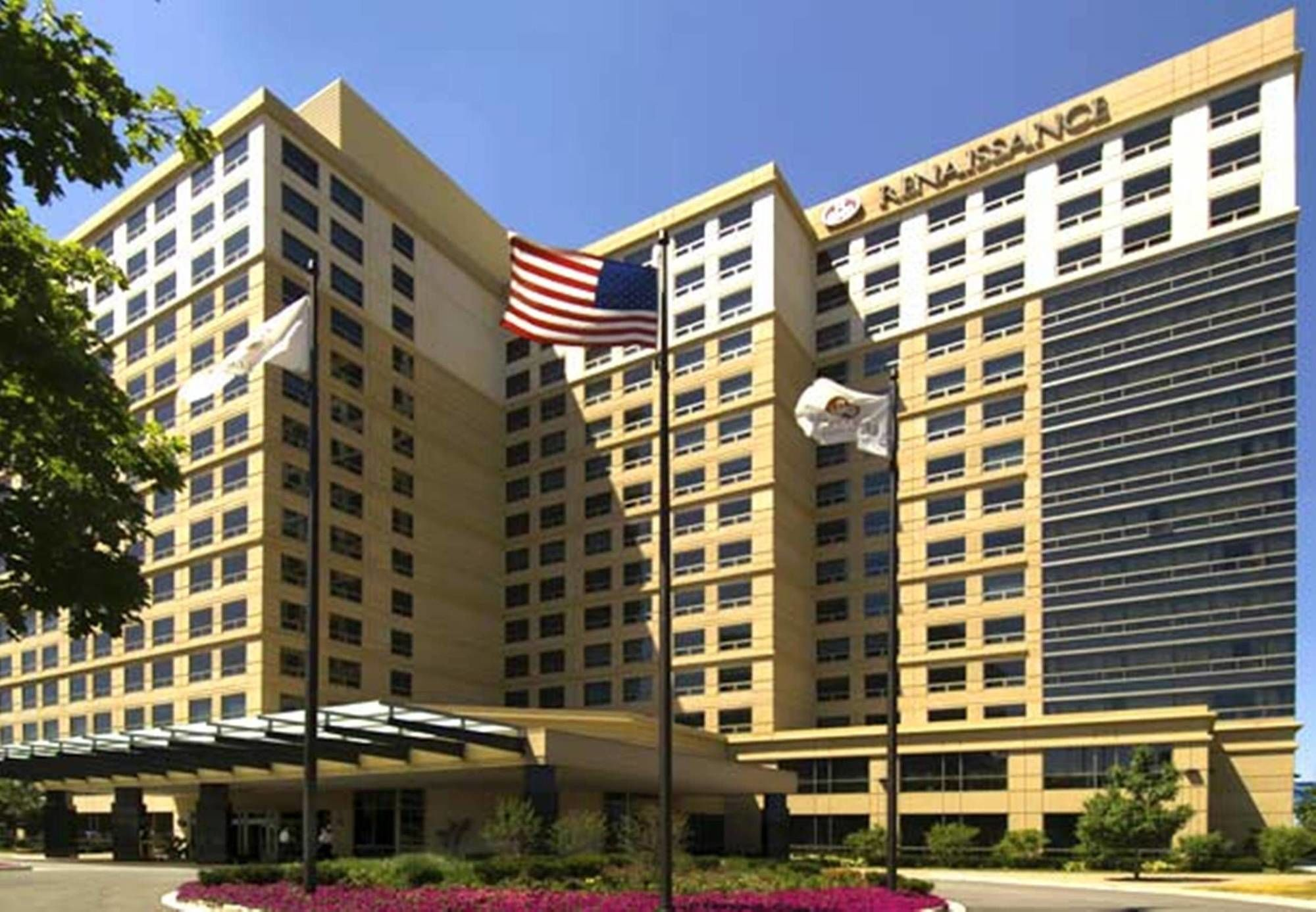 Discount Coupon for Renaissance Chicago O'Hare Suites Hotel in Chicago, Illinois - Save Money!