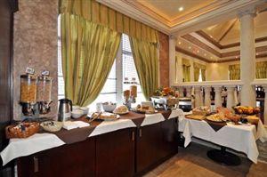 Ontario Toronto Hotels & Motels