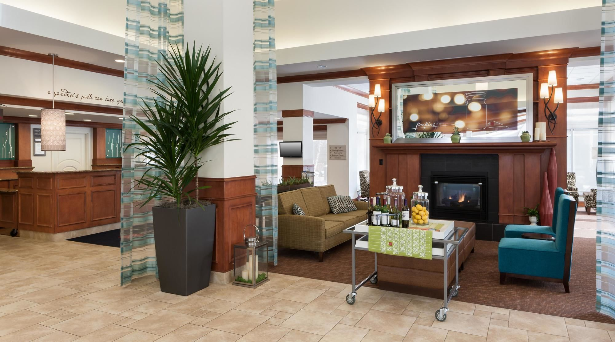 maple grove hotel coupons for maple grove minnesota. Black Bedroom Furniture Sets. Home Design Ideas