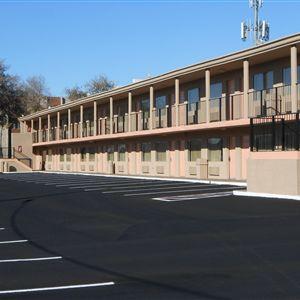 Knights Inn Phoenix North><span class=