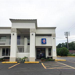Motel 6 Opelika, AL