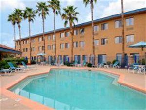 Days Hotel Mesa Country Club