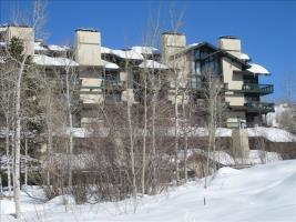 Ski Time Square Condominiums - Studio + Loft #ST108 - LLH 62392