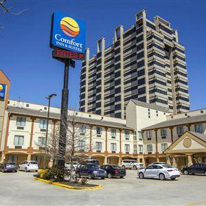 Comfort Inn & Suites Market Center