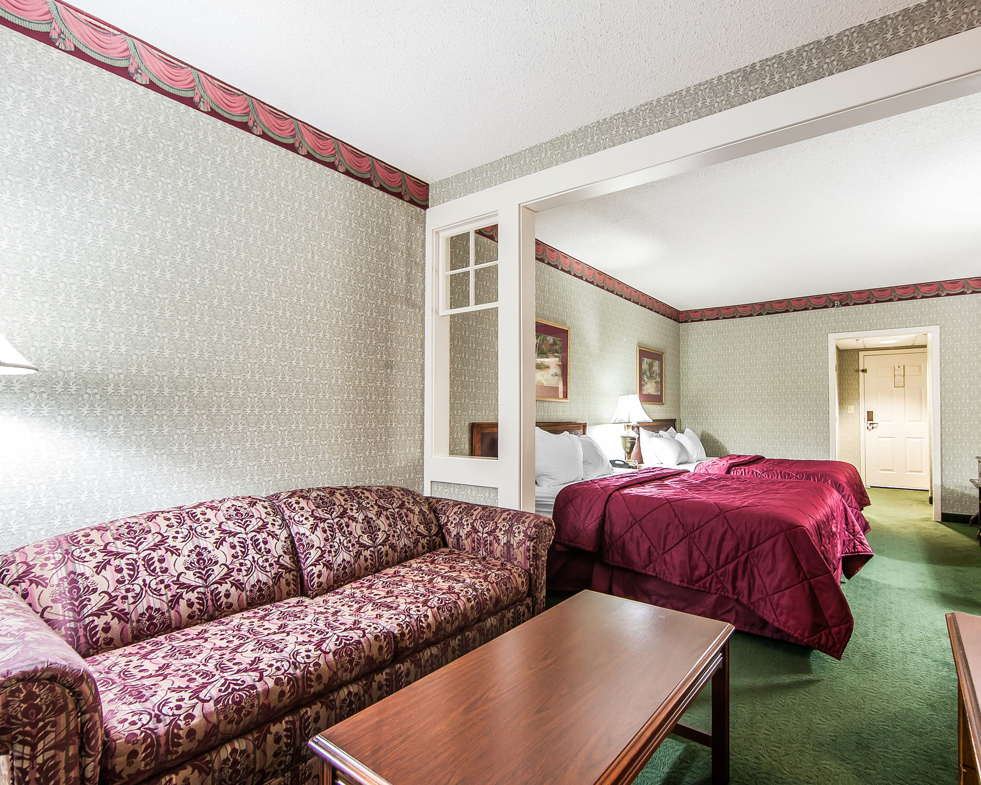 Clarion Inn Willow River in Sevierville, TN