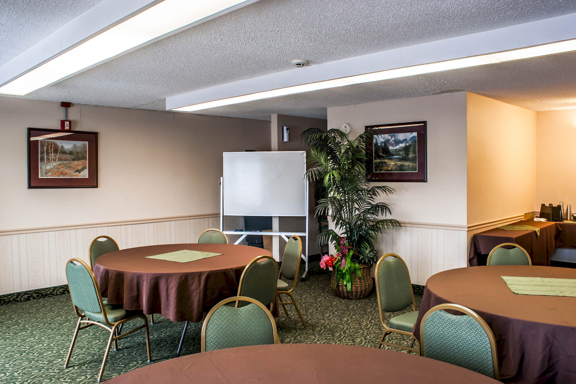 seattle hotel coupons for seattle washington freehotelcoupons com clarion hotel seattle airport