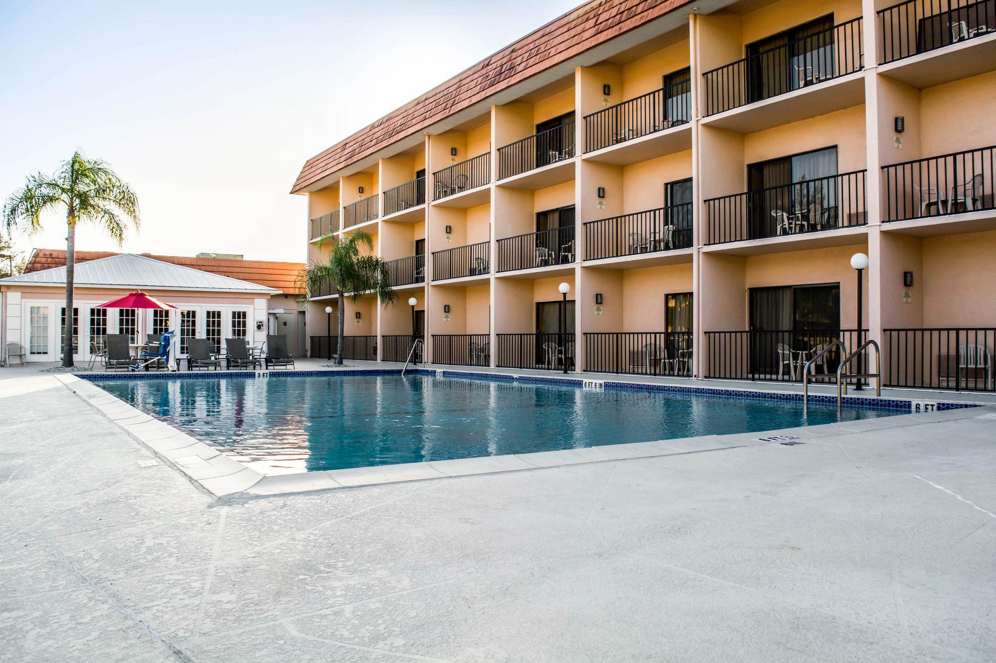 Comfort Inn in Bonita Springs, FL