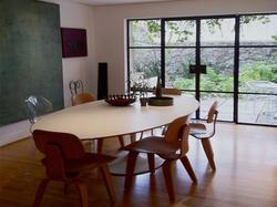 Ambiente - Cadeira com mesa Saarinen oval