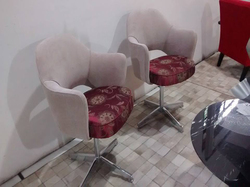 Cadeira Saarinen 71 giratória