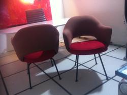 Cadeira Saarinen 71 fixa vermelha