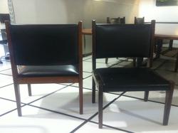 Cadeira reta Sergio Rodrigues