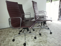 Cadeira Esteira alta c/ braço completa