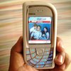 Handnokia_thumb
