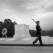 Soldier_in_arlington_national_cemetery_card