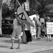Protest_for_peace_bw_card