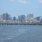Bostonskyline3_card