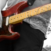 Max_guitar_red_for_sites_card