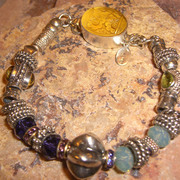 Gorgeous_raised_citrine_clasp_bracelet_card