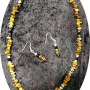 Tigers_eye_fan_necklace-earring_set_002_card