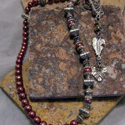 Maroon_pearl_925_necklace_card