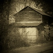 Side_view_of_barn_in_sepia_card