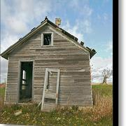 Abandoned-homestead-glennis-siverson-1_card