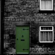 Green_door_card