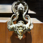 Door_handle_bran_25x39_card