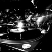 A_turntable_dj_dan_nightclub_muzpix_card