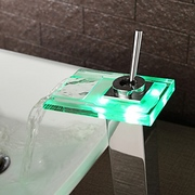 Color_changing_led_waterfall_bathroom_sink_faucet13489234305066f026241c8_card