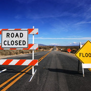 U2_roadclosed_card