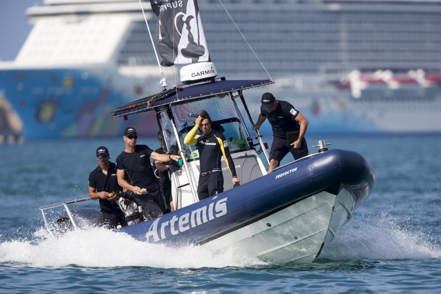 Artemis Racings Fleet Of Support Boats Is Outfitted With Garmin GPSMAPR 7412xsv 12 Inch Multi Touch Chartplotters GMRTM 18xHD Radomes VHF 300i AIS