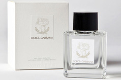Dolce-and-gabbana-perfum-bebe